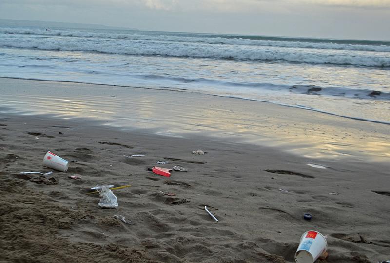 Bali beach trash photo by Spadey09