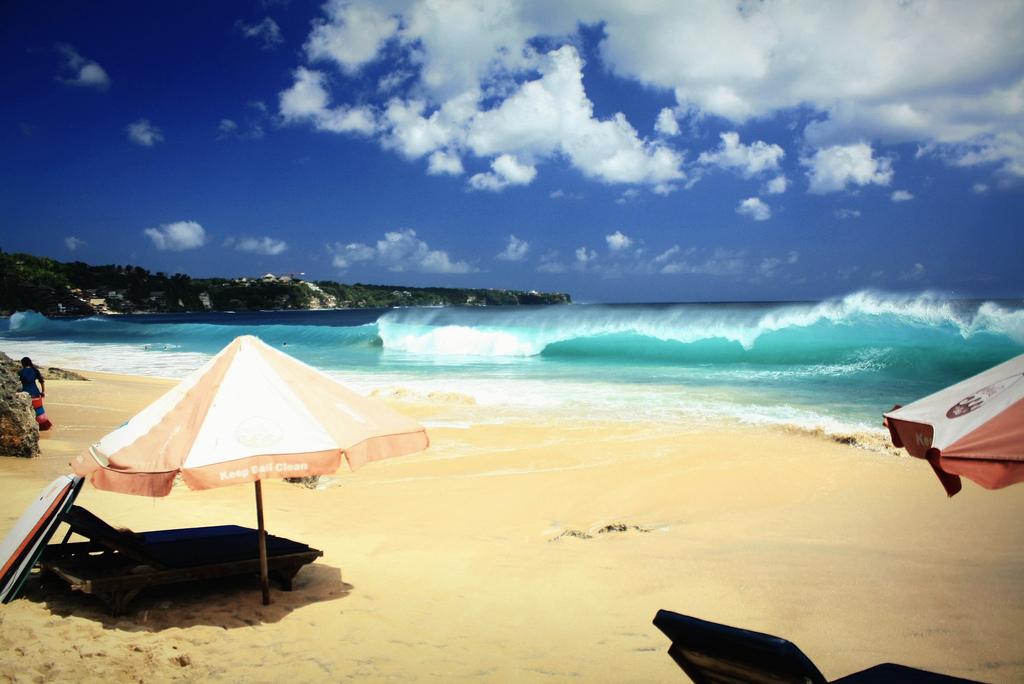Bali luxury beach photo by Kyle.F