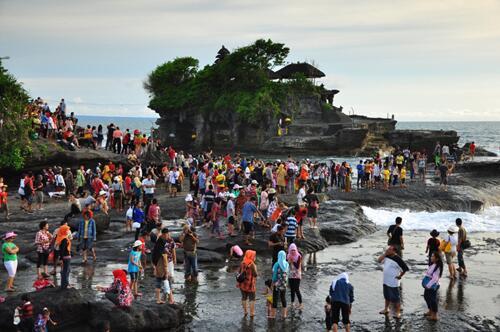 Tanah Lot photo by Bali Travel News