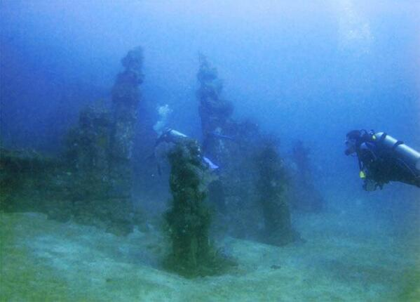 Underwater Temple photo by @TheBaliHolidays