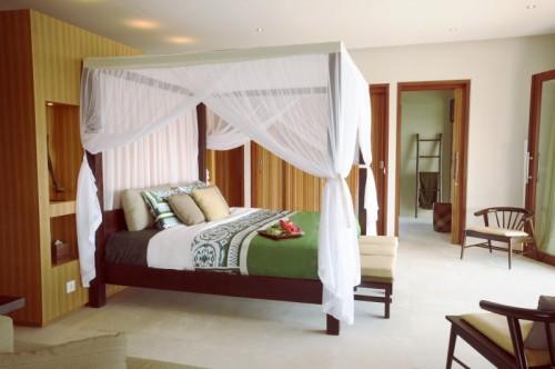 Bulung-Daya-int-deco-Main-bedroom-1Small
