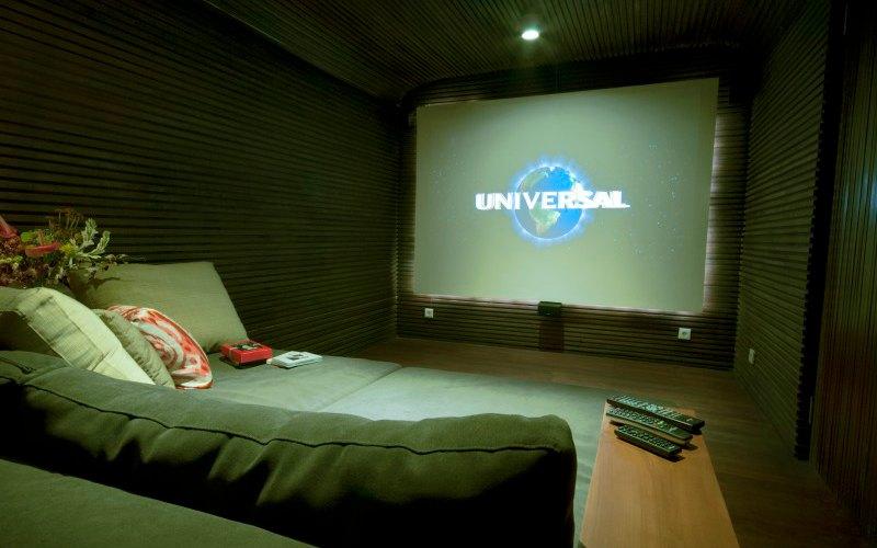 Bulung-Daya-int-deco-cinema-room_luxury