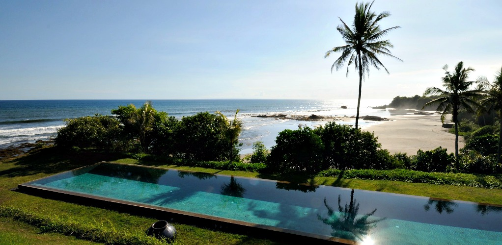 BulungDaya pool and beach