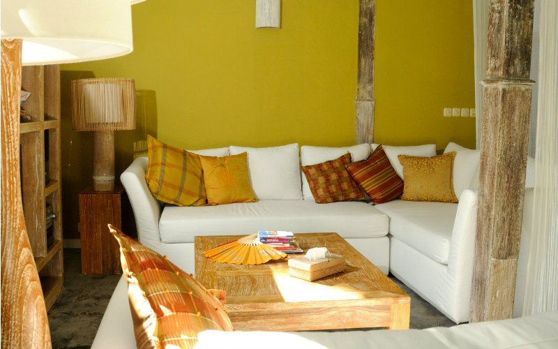 chic_living_room_bali_holiday