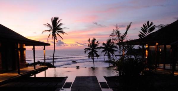 luxury-Bali-sunset-beach-